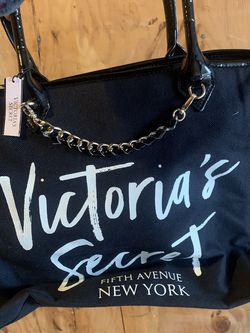Brand new - VICTORIA SECRET BAG for Sale in Beaverton,  OR