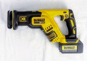 DeWalt 20V Brushless Compact Sawzall for Sale in Federal Way, WA