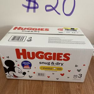 Huggies Snug & Dry Talla 3 for Sale in Cumming, GA