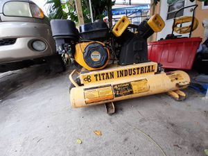 Titan industrial compressor !! For parts or fixed the motor have nice copression l want sell as is l'm not mechanic!! for Sale in Lake Worth, FL