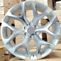 """22"""" chevy wheels new in boxes 6 lug 6x139.7 chevy silverado escalade yukon tahoe avalanche for Sale in Hollywood,  FL"""