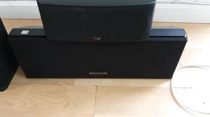 Kenwood and Polk audio shelf speakers for Sale in Cranston, RI