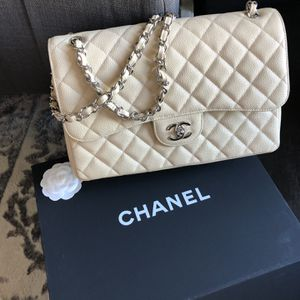 Chanel Jumbo Bag for Sale in Los Angeles, CA