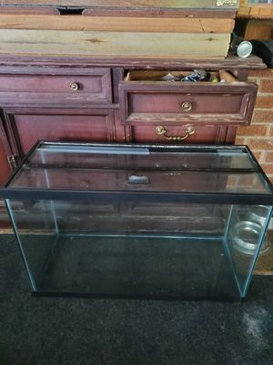 Fish tank for Sale in Mount Prospect, IL