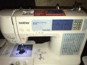 Brothers Embroidery & Sewing SE-350 for Sale in Miami, FL