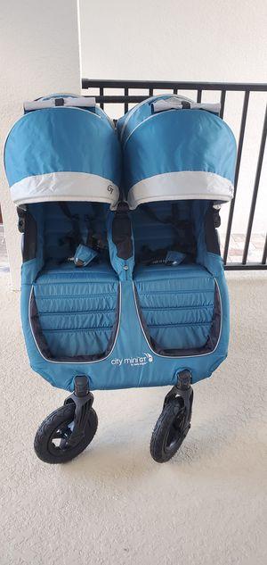 City mini GT double Stroller for Sale in Oviedo, FL