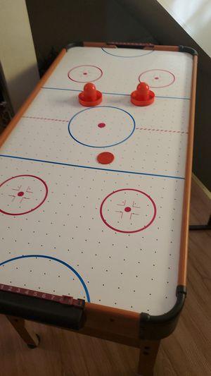 Mesa de juego for Sale in Perth Amboy, NJ