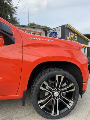 "New 24"" Chevy / GMC Replica Rims and New tires 24 Replicas Wheels 24s Negros Rines y llantas Chevrolet Silverado Tahoe Avalanche GMC Sierra Yukon sub for Sale in Dallas, TX"