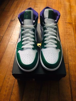 DS BRAND NEW AIR JORDAN 1 MID HULK SZ 9 for Sale in Parma Heights, OH