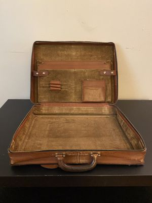 Old Vintage Leather Zip Briefcase for Sale in Portland, OR