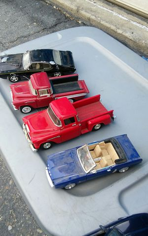 Cool nice die cast cars. Pick 20.00 each. for Sale in Modesto, CA
