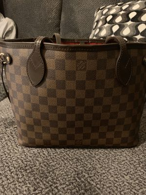Louis Vuitton never full authentic bag for Sale in Arlington, VA