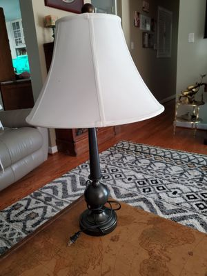 28 inch metal lamp with shade for Sale in Saint Charles, MO