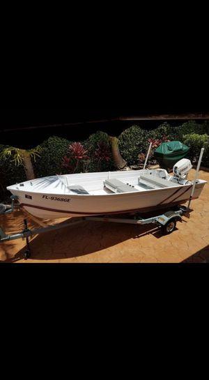14foot aluminum saltwater Jon boat for Sale in Miami, FL