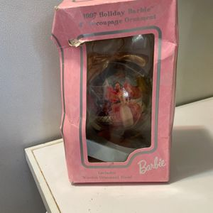 1997 Holiday Barbie ornament for Sale in Miami, FL
