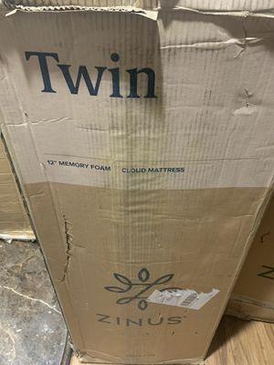 """12"""" twin memory foam mattress for Sale in Las Vegas, NV"""