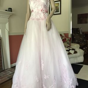 Pink wedding dress-quinceanera-princess costume- size 10 for Sale in Newport News, VA