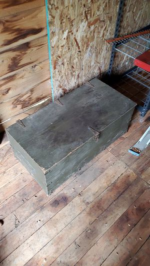 Vintage us trunk for Sale in Bremerton, WA