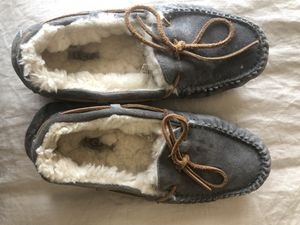 Ugg Moccasins Women's Size 9 for Sale in Liberty Hill, TX