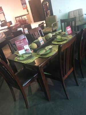 7pc dining table set for Sale in Las Vegas, NV