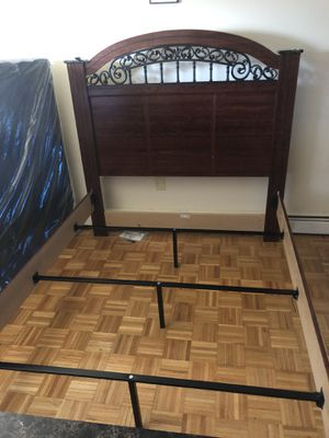 ashley catalina bed frame queen size for Sale in Brooklyn, NY