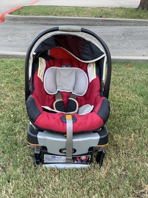 Chicco Car seat and base for Sale in Richardson, TX