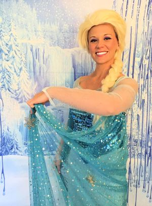 Stunning Adult Elsa Frozen Dress from Etsy + Wig and Cape for Sale in Ruskin, FL