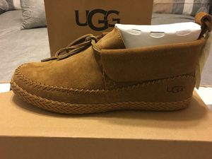 New Authentic Women's UGG Size 8 for Sale in Bellflower, CA