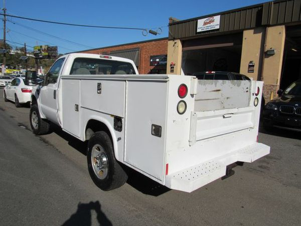 2008 Ford F350 Super Duty Regular Cab & Chassis