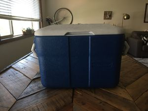 Rubbermaid Cooler - 34 QT for Sale in Portland, OR