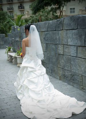 BEAUTIFUL Alfred Angelo Wedding Dress for Sale in Winter Park, FL