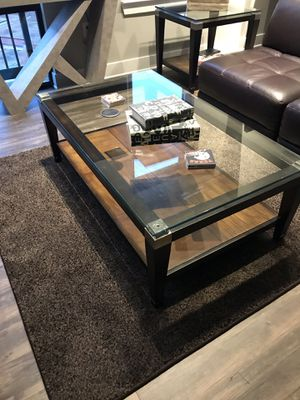 Glass coffee table and matching end table for Sale in Nashville, TN