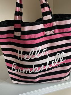 Victoria's Secret Overnight Bag for Sale in Fairmont,  WV