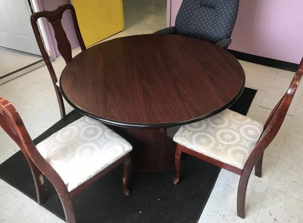"""Round Conference, Table Cherry Wood (48"""" diameter, 29"""" tall)"""