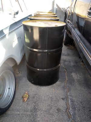 FREE 25 gallon metal containers 5 for Sale in Palmdale, CA