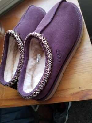 Almost Brand New Uggs Size womans 9 for Sale in Los Angeles, CA