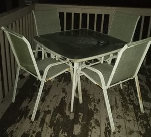 Outdoor furniture set for Sale in Akron, OH