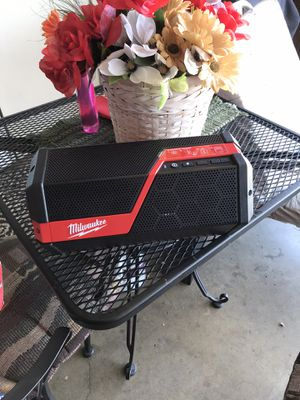Milwaukee m12/m18 jobsite speaker tool only for Sale in Colton, CA