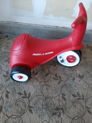 Radio Flyer Scoot 2 Pedal trike for Sale in North Las Vegas, NV