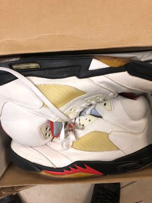 Never worn authentic Air Jordan V retro for Sale in Hyattsville, MD