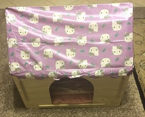 ZeeMoe Indoor/Outdoor Wooden Dog House, Large Easy-Assembly, Hello Kitty for Sale in Chandler, AZ