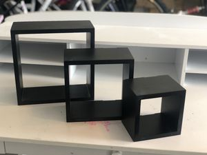 3 little black shelves for Sale in Chuluota, FL