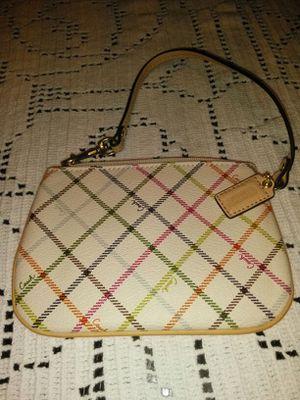 Coach wristlet purse for Sale in North Las Vegas, NV