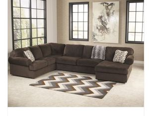 Brown sectional couch for Sale in Decatur, GA