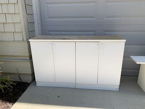 Free Cabinets and Shelves for Sale in San Diego, CA