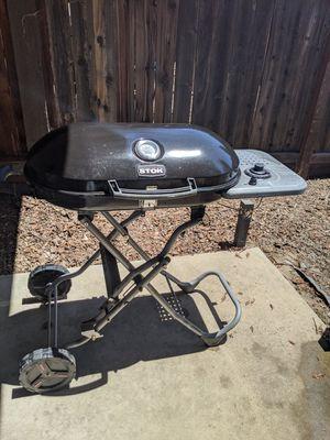 Bbq grill for Sale in Visalia, CA