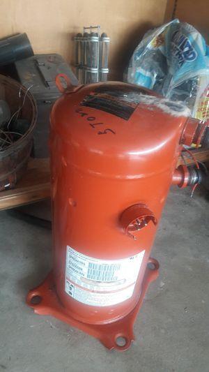 5 Ton Trane Compressor almost new R-22 for Sale in San Antonio, TX