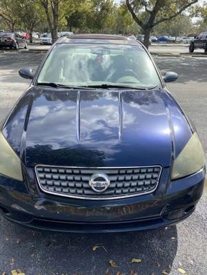 2005 Nissan Altima 3.5 SL V6 for Sale in Miami, FL