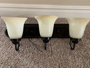3 light vanity fixtures for Sale in Draper, UT