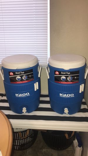 Pair of Igloo 5 gallon water cooler for Sale in Stockton, CA